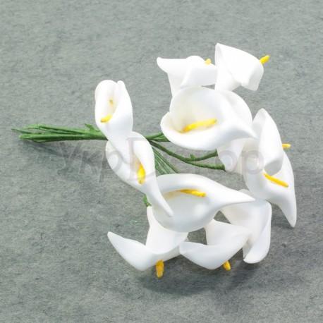 Букетик цветков каллы