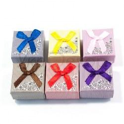 Картонные коробочки для украшений и подарков №33502.